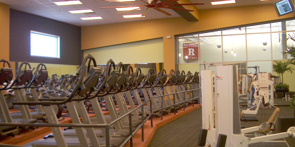 IAP Sports Cardio Deck Area