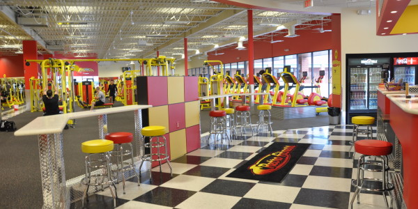 Retro Fitness (Manassas) – Juice Bar and Lounge