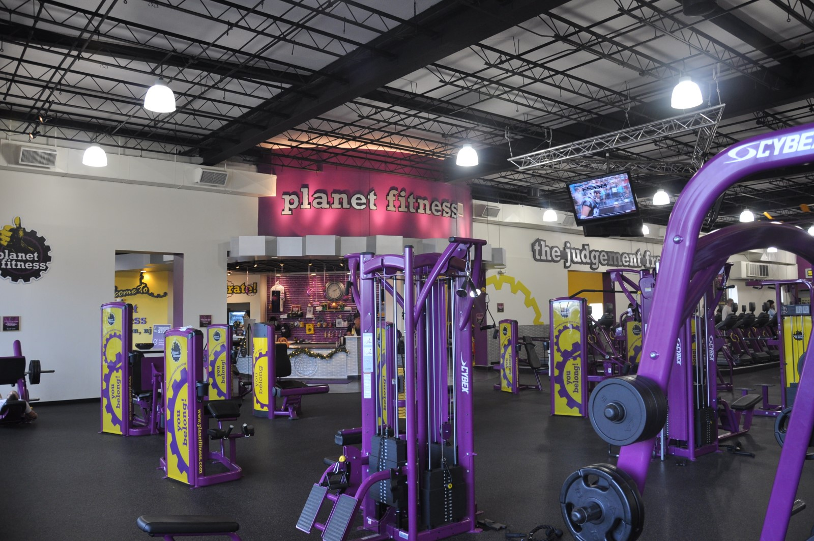 Planet Fitness – 4 Locations