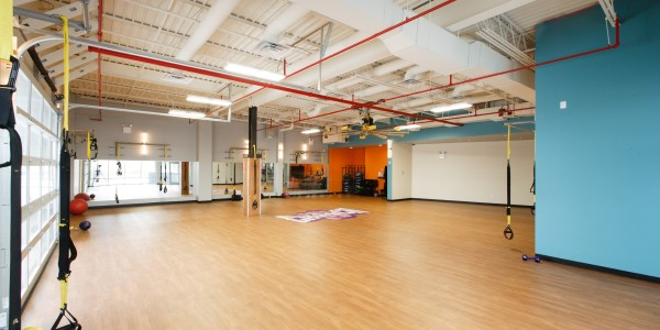 Crunch Fitness (Staten Island) – Group Fitness Room
