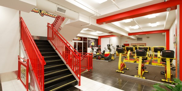 Retro Fitness (Bayonne) – Toward Second Level and Cardio