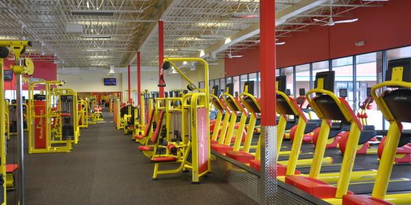 Retro Fitness (Manassas) – Free Weights and Cardio Deck