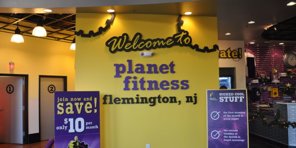 Planet Fitness (Flemington) – Entry