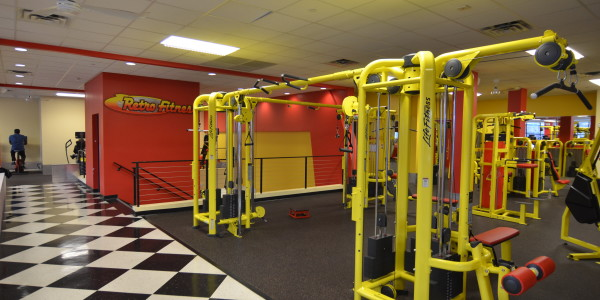 Retro Fitness (Flatbush) – Cardio Equipment and Circuit Training