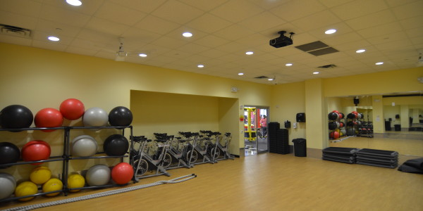 Retro Fitness (Flatbush) – Group Fitness Room