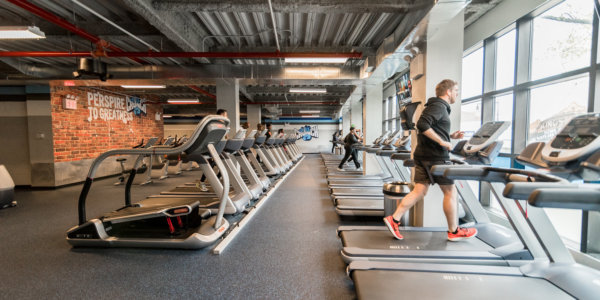 Crunch Fitness (Flatbush) – Cardio
